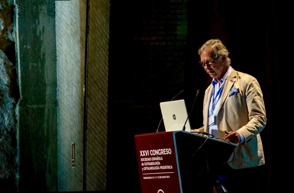 Dr. Juan Garcia de Oteyza en el Congreso anual de la Sociedad Española de Estrabología