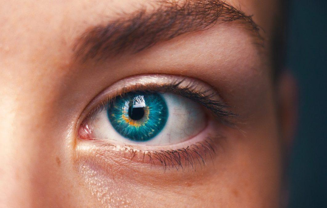 Cirugía refractiva corneal con SMILE